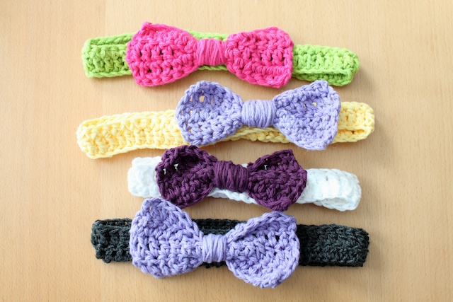 Simply Modern Mom Crochet Bow Headbands Pattern
