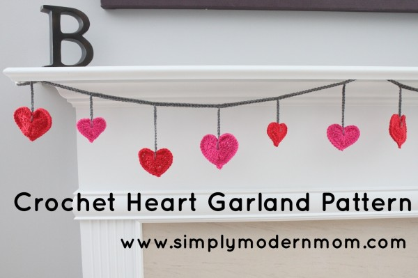 crochet heart garland 1